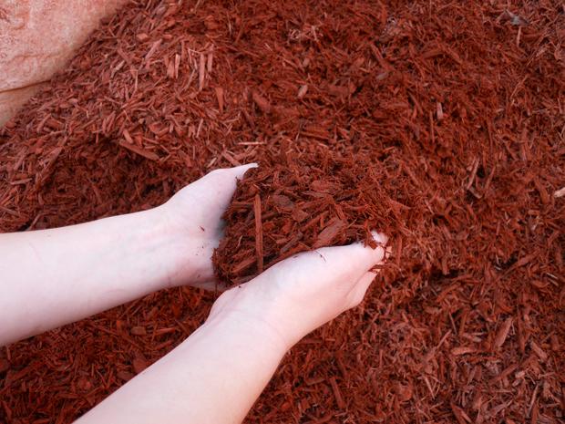 organic garden mulch