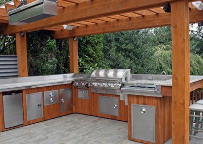 custom-outdoor-kitchen-ideas
