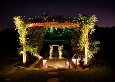 landscape-outdoor-lighting-design-idea-915x610